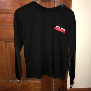 """""""Culture"""" t-shirt with mesh long sleeves"""